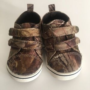 5547ff8710f23 Realtree. Realtree Bill Jordan Boys Camouflage Velcro Shoes